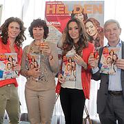 NLD/Ridderkerk/20120508 - Presentatie Helden 13, Barbara Barend en moeder Robin van Persie, Frits Barend en Bouchra van Persie