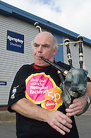 Piper on the Remploy Crusade for Disabled Workers Jobs 2007 Sheffield...© Martin Jenkinson, tel 0114 258 6808 mobile 07831 189363 email martin@pressphotos.co.uk. Copyright Designs & Patents Act 1988, moral rights asserted credit required. No part of this photo to be stored, reproduced, manipulated or transmitted to third parties by any means without prior written permission