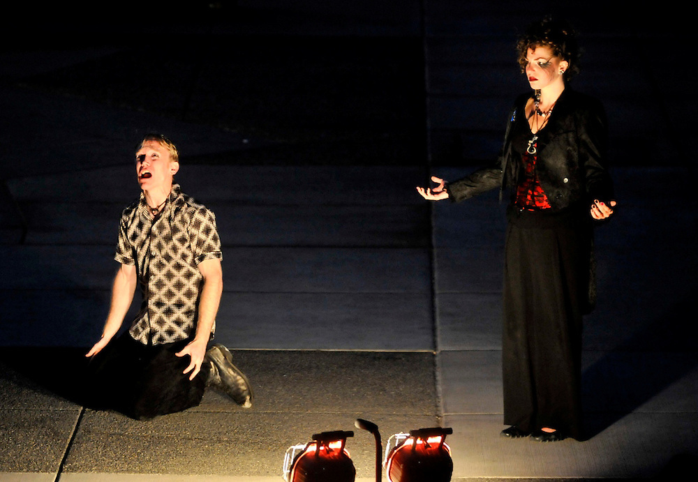 """Bag & Baggage's production of """"Romeo & Juliet"""" in July 2009. (photo by Casey Campbell)"""