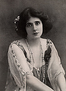 Mrs Patrick Campbell (1865-1940) English actress. Created the title role in the 'problem' play 'The Second Mrs Tanqueray'  by Arthur Wing Pinero's (1893) and Eliza in 'Pygmalion' (1914) by George Bernard Shaw.  Mrs Campbell in 1903. Halftone.