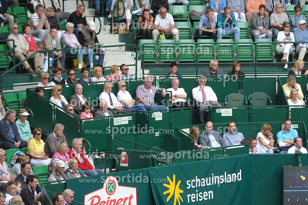 17.06.2015, Gerry Weber Stadion, Halle Westfalen, GER, ATP Tour, Gerry Weber Open 2015, Tag 3, im Bild hoher Besuch am Spieltag, Gerhard 'Gerry' Weber in seiner Box, // during day tree of 2015 Gerry Weber Open of ATP world Tour at the Gerry Weber Stadion in Halle Westfalen, Germany on 2015/06/17. EXPA Pictures &copy; 2015, PhotoCredit: EXPA/ Eibner-Pressefoto/ Franz<br /> <br /> *****ATTENTION - OUT of GER*****