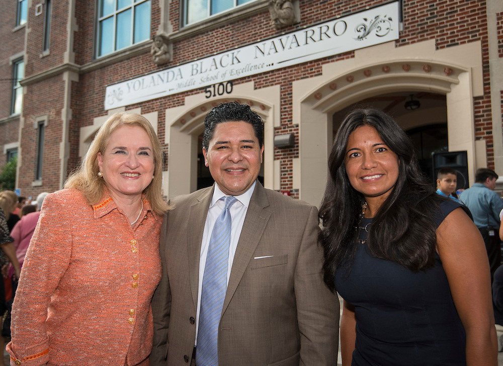 Texas Senator Sylvia Garcia, Houston ISD superintendent Richard Carranza and trustee Diana Davila pose for a photograph following a ceremony to rename Jackson Middle School to Navarro Middle School in honor of Yolanda Black Navarro, October 5, 2016.