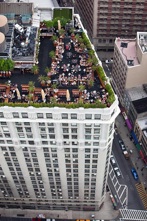 230 Fifth Ave, Chelsea, Manhattan, NY, 10010, 40.744036,-73.987959