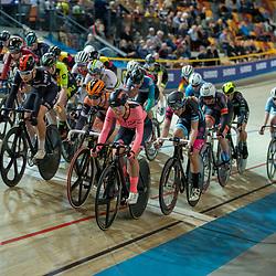 22-12-2019: Wielrennen: NK Baan Omnium: Apeldoorn<br />Marit Raaijmakers voert het peloton aan