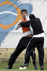 29/04/05 - CARLOS TEVEZ FIGHT - Sao Paulo - Brazil..Here CARLOS TEVEZ (black t-shirt) fighting with his fellow MARQUINHOS during Corinthians training..© Argenpress.com / Piko-Press