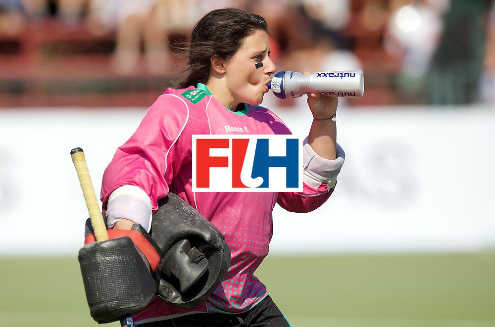 SANTIAGO - 2016 8th Women's Hockey Junior World Cup<br /> GER v ARG (Pool B)<br /> foto: Rosa Kruger (Gk)  half time.<br /> FFU PRESS AGENCY COPYRIGHT FRANK UIJLENBROEK