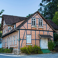 Casas enxaimel no bairro Vila Itoupava, Blumenau, Santa Catarina, foto de Ze Paiva, Vista Imagens