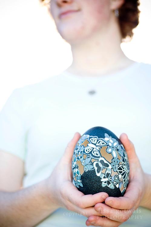 Rebekah's butterfly-designed Emu egg.