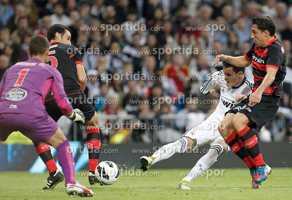 20.10.2012, Estadio Santiago Bernabeu, Madrid, ESP, Primera Division, Real Madrid vs Celta de Vigo, 8. Runde, im Bild Real Madrid's Jose Callejon // during the Spanish Primera8ivision 8th round match between Real Madrid CF and Celta de Vigo at the Estadio Santiago Bernabeu, Madrid, Spain on 2012/10/20. EXPA Pictures © 2012, PhotoCredit: EXPA/ Alterphotos/ Alvaro Hernandez..***** ATTENTION - OUT OF ESP and SUI *****