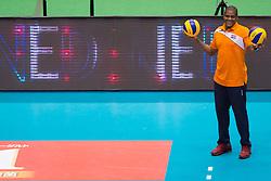 15-05-2016 JAP: OKT Nederland - Zuid Korea, Tokio<br /> Er is nog niets verloren, maar de volleybalsters van Oranje hebben tijdens het OKT een gevoelige 3-0 nederlaag geleden tegen Zuid-Korea / Gil Ferrer Cutino