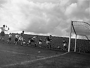 19/05/1957 <br />