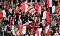 Fotball, 26. august 2018 , Eliteserien , Vålerenga - Brann<br /> illustrasjon , fan , fans tilskuere , flagg