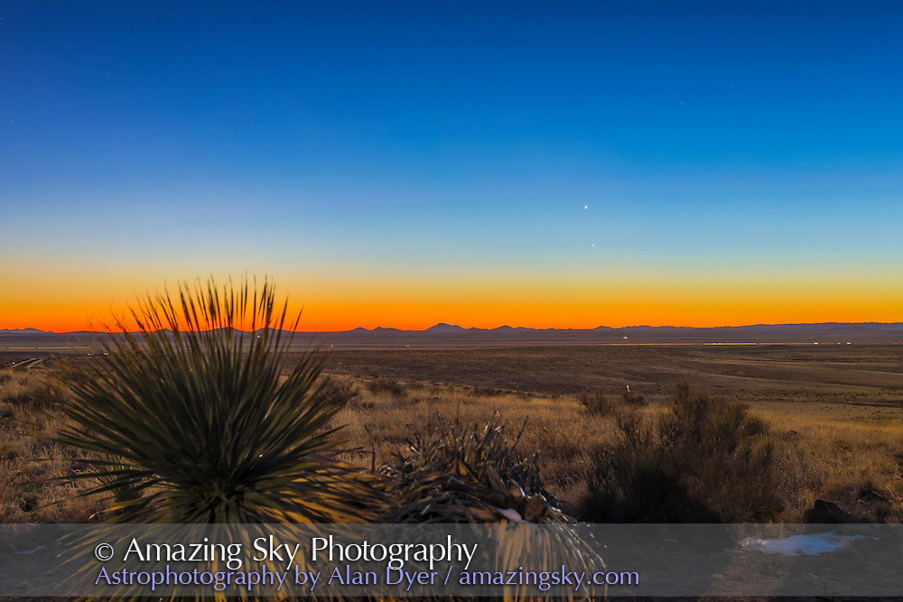 Mercury (below) and Venus in the evening twilight, from southern New Mexico. January 4, 2015. This is a high dynamic range HDR composite of 5 exposures, at 2/3 stop intervals, with the Canon 6D and 50mm lens.