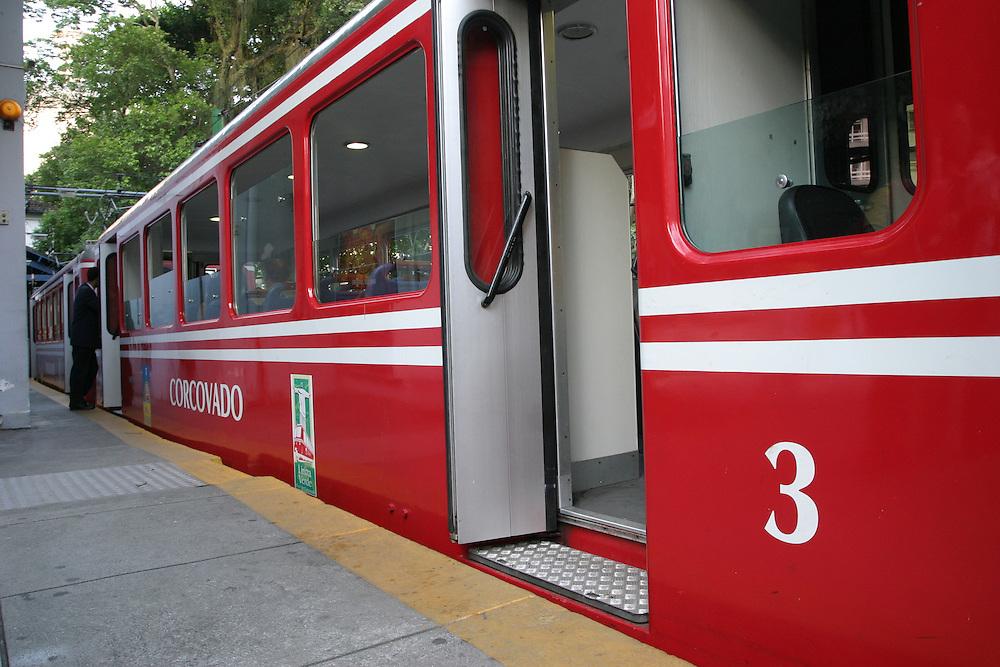 Rio de Janeiro_RJ, Brasil.<br /> <br /> Trem que sai da Estacao do Corcovado, em Laranjeiras, para chegar ao topo do Corcovado no Rio de Janeiro.<br /> <br /> Train coming out of the Corcovado railway in Orange, to reach the top of Corcovado in Rio de Janeiro.<br /> <br /> Foto: MARCUS DESIMONI / NITRO