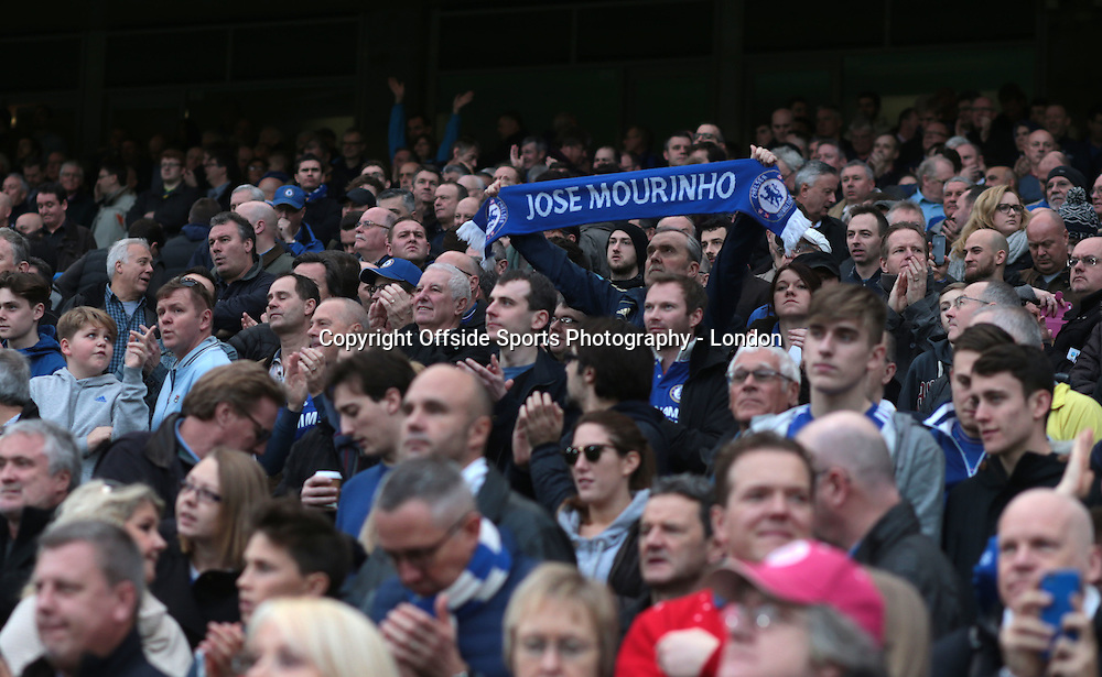 19 December 2015 Premier League Football - Chelsea v Sunderland : a lone scarf supporting Jose Mourinho.<br /> <br /> Photo: Mark Leech