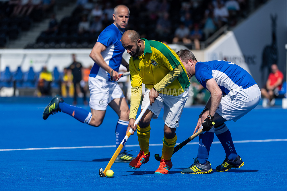 Clifton Robinsons v Indian Gymkhana - Men's O40s T1 Final, Lee Valley Hockey & Tennis Centre, London, UK on 06 May 2018. Photo: Simon Parker