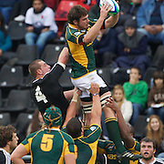 Hendrik Van Der Walt, South Africa wins a lineout while challenged by Blade Thomson, New Zealand (4) during the New Zealand V South Africa semi final match at Estadio El Coloso del Parque, Rosario, Argentina, during the IRB Junior World Championships. 17th June 2010. Photo Tim Clayton....