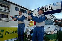 Ål 180103 - Rally - Henning Solberg (t.h.) og kartleser Cato Menkerud vant NM åpningen i rally i Hallingdal med lånt bil.<br /> <br /> Foto: Andreas Fadum, Digitalsport