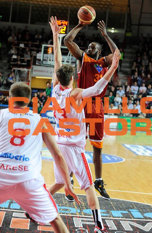 DESCRIZIONE : Varese Lega A 2012-13 Cimberio Varese Acea Roma<br /> GIOCATORE : Gani Lawal<br /> SQUADRA : Acea Roma<br /> EVENTO : Campionato Lega A 2012-2013<br /> GARA :  Cimberio Varese Acea Roma<br /> DATA : 01/04/2013<br /> CATEGORIA : Tiro<br /> SPORT : Pallacanestro<br /> AUTORE : Agenzia Ciamillo-Castoria/A.Giberti<br /> Galleria : Lega Basket A 2012-2013<br /> Fotonotizia : Varese Lega A 2012-13 Cimberio Varese Acea Roma<br /> Predefinita :