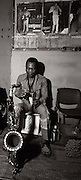 Fela Kuti -  backstage at the Shrine - Lagos - 1978
