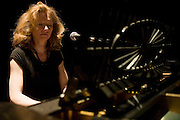 Hilary Cameron, pianist. Celebrating Linda Smith, Crucible Studio Sheffield 03/04/08...© Martin Jenkinson, tel 0114 258 6808 mobile 07831 189363 email martin@pressphotos.co.uk. Copyright Designs & Patents Act 1988, moral rights asserted credit required. No part of this photo to be stored, reproduced, manipulated or transmitted to third parties by any means without prior written permission.