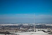 Nederland, Utrecht, IJsselstein, 31-01-2010; Gerbrandytoren, Radio- TV toren (ten onrechte als Lopik aangeduid). De zendmast is in beheer bij NOVEC (Nederlandse Opstelpunten voor Ethercommunicatie), dochteronderneming van TenneT. Aan de voet van de toren nieuwbouwwijken van IJsselstein..Gerbrandy Tower, Radio-TV Tower (wrongly identified as Lopik).luchtfoto (toeslag), aerial photo (additional fee required);.foto/photo Siebe Swart