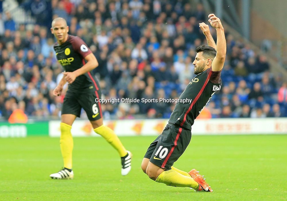 29 October 2016 - Premier League - West Bromwich Albion v Manchester City - Sergio Aguerro of Manchester City celebrates his 2nd goal (0-2) - Photo: Paul Roberts / Offside.