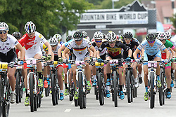 01.06.2014, Bullentaele, Albstadt, GER, UCI Mountain Bike World Cup, Cross Country Damen, im Bild Start der Damen // during Womens Cross Country Race of UCI Mountainbike Worldcup at the Bullentaele in Albstadt, Germany on 2014/06/01. EXPA Pictures © 2014, PhotoCredit: EXPA/ Eibner-Pressefoto/ Langer<br /> <br /> *****ATTENTION - OUT of GER*****