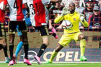 ROTTERDAM - Feyenoord - Willem II , Voetbal , Seizoen 2015/2016 , Eredivisie , Stadion de Kuip , 13-09-2015 , Redding van Keeper van Feyenoord Kenneth Vermeer (r)