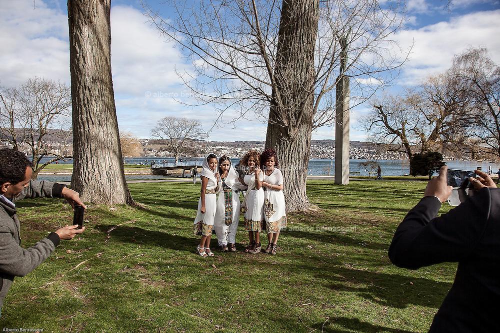 Switzerland, Zurich: matrimonio Eritreo lungo il lago
