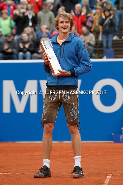 Sieger ALEXANDER ZVEREV (GER) mit Pokal,traegt eine bayrische Lederhose, Endspiel, Final, Siegerehrung<br /> <br /> <br /> Tennis - BMW Open 2017 -  ATP  -  MTTC Iphitos - Munich -  - Germany  - 7 May 2017.