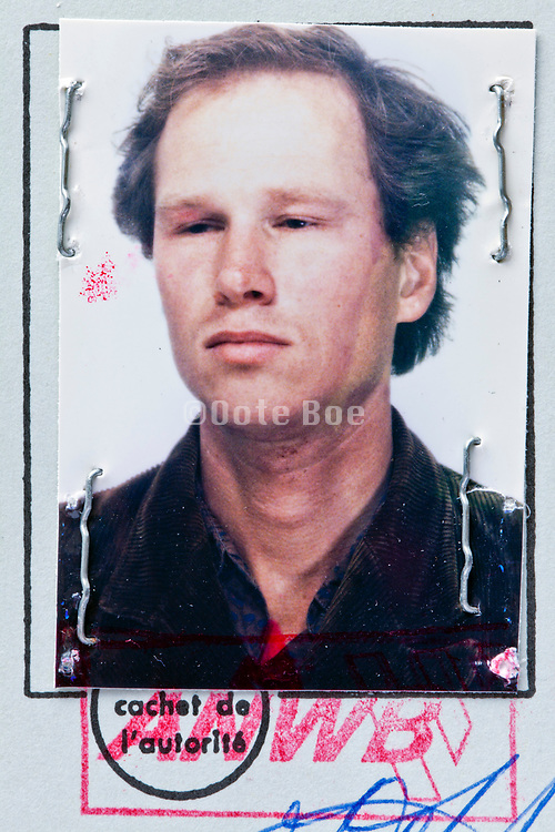 head shot photograph on a official document Netherlands International drivers license
