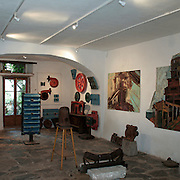 Galleria d'arte a Capoliveri, antico borgo dell'Isola d'Elba..Art gallery in Capoliveri, an ancient village on Elba Island