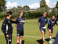 FODBOLD: Cheftræner Christian Lønstrup, Thomas Dalgaard, Søren Henriksen og Pierre Larsen under træningen hos FC Helsingør den 4. juli 2017.. Foto: Claus Birch