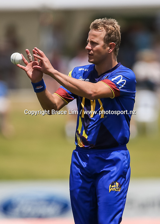 Otago Volts' Neil Wagner during the McDonalds Super Smash T20 cricket match - Knights v Volts played at Bay Oval, Mount Maunganui, New Zealand on Sunday 18 December.<br /> <br /> Copyright photo: Bruce Lim / www.photosport.nz
