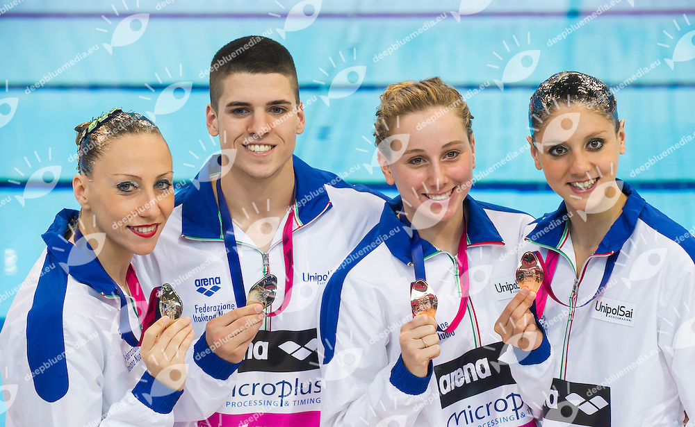 FLAMINI Manila MINISINI Giorgio ITA silver medal with their teammates CERRUTI Linda FERRO Costanza ITA bronze medal in duet technical final<br /> London, Queen Elizabeth II Olympic Park Pool <br /> LEN 2016 European Aquatics Elite Championships <br /> Synchro<br /> Mixed duet technical final <br /> Day 05 13-05-2016<br /> Photo Giorgio Perottino/Deepbluemedia/Insidefoto