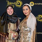 NLD/Amsterdam/20191009 - Uitreiking Gouden Televizier Ring Gala 2019, Samya Hafsaoui en ..........