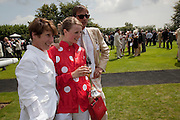 SOPHIE HICKS; EDIE CAMPBELL;, Glorious Goodwood. Ladies Day. 28 July 2011. <br /> <br />  , -DO NOT ARCHIVE-© Copyright Photograph by Dafydd Jones. 248 Clapham Rd. London SW9 0PZ. Tel 0207 820 0771. www.dafjones.com.