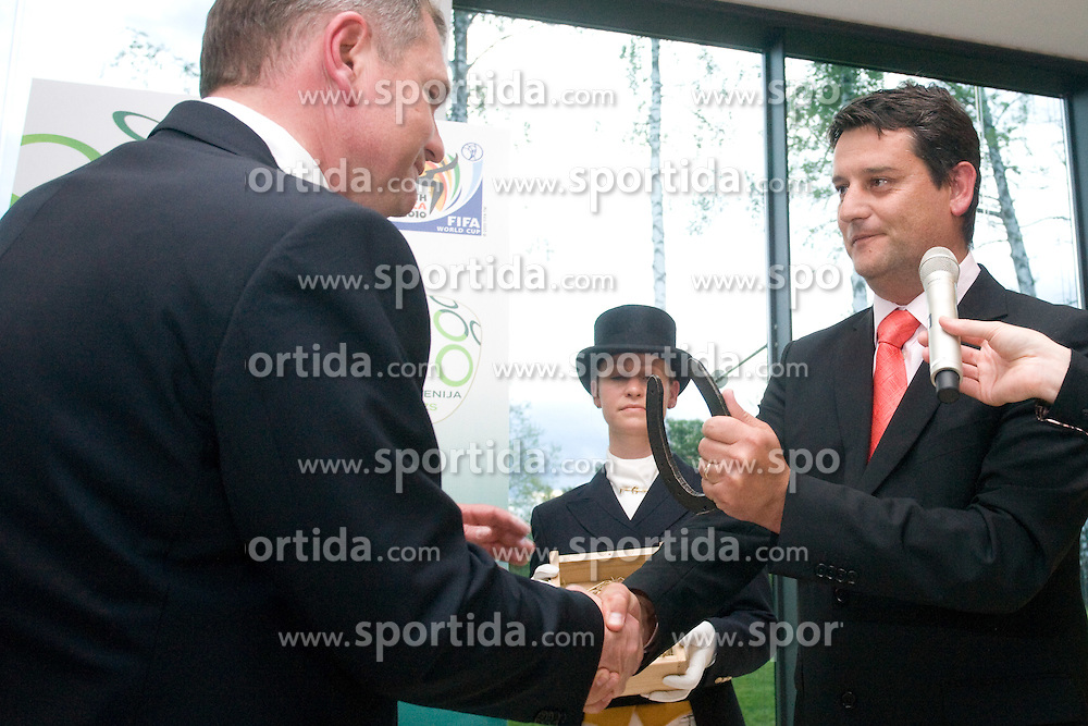 Head coach Matjaz Kek and general manager of Kobilarna Lipica Tomi Rumpf at official presentation of Slovenian National Football team for World Cup 2010 South Africa, on May 21, 2010 in Congress Center Brdo at Kranj, Slovenia. (Photo by Vid Ponikvar / Sportida)