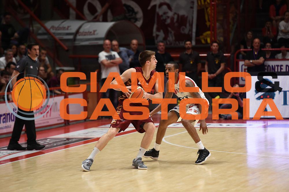 Jeff Viggiano<br /> UThe Flexx Pistoia vs Umana Reyer Venezia<br /> Lega A  2016/2017 Quarti di finale Gara 3<br /> Milano 17/05/2017<br /> Foto Ciamillo-Castoria<br /> Provvisorio