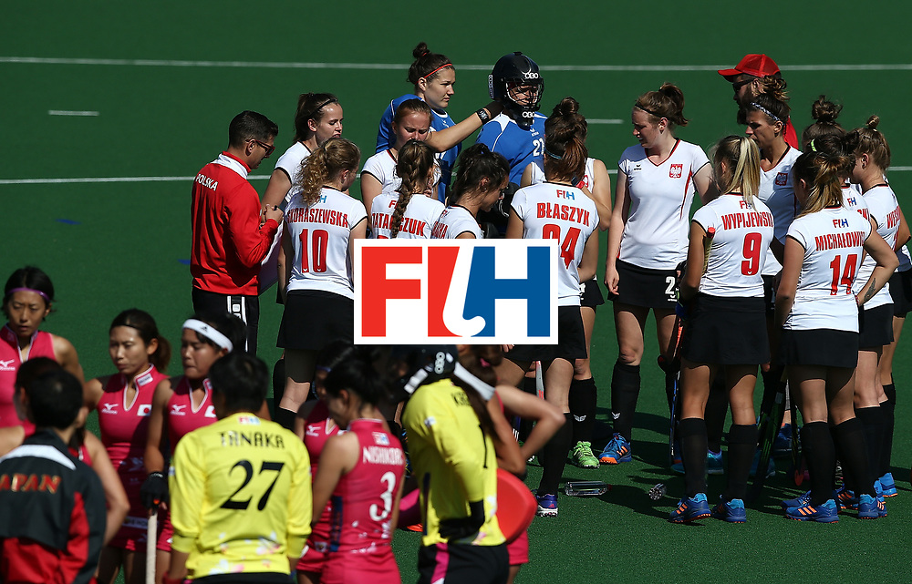 JOHANNESBURG, SOUTH AFRICA - JULY 14:  Coaches chat to players during day 4 of the FIH Hockey World League Semi Finals Pool B match between Poland and Japan at Wits University on July 14, 2017 in Johannesburg, South Africa.  (Photo by Jan Kruger/Getty Images for FIH)