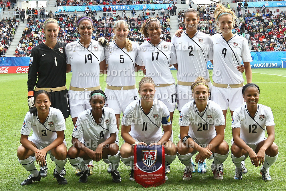 25.07.2010,  Augsburg, GER, FIFA U20 Womens Worldcup, , Viertelfinale, USA vs Nigeria,  im Bild Team USA , EXPA Pictures © 2010, PhotoCredit: EXPA/ nph/ . Straubmeier+++++ ATTENTION - OUT OF GER +++++ / SPORTIDA PHOTO AGENCY