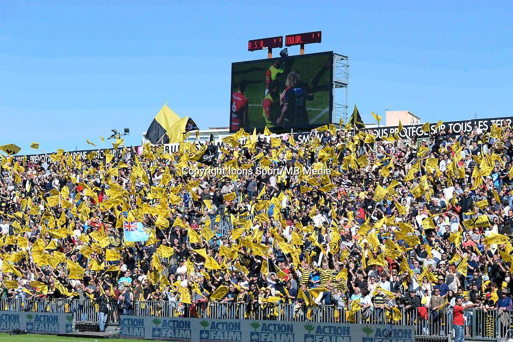 Supporters La Rochelle - 25.04.2015 - La Rochelle / Toulon - 23eme journee de Top 14<br />Photo : Caroline Blumberg / Icon Sport