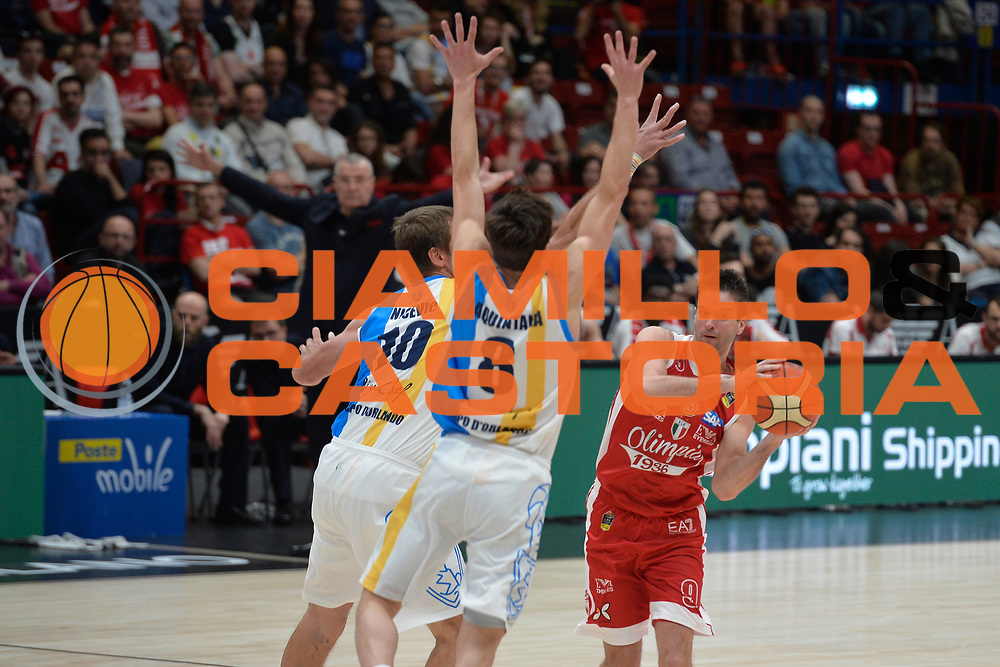 Kalnietis Mantas<br /> Olimpia EA7 Emporio Armani Milano vs Vanoli Cremona<br /> Lega Basket Serie A 2016/2017<br /> PlayOff semifinale gara 2<br /> Milano 14/05/2017<br /> Foto Ciamillo-Castoria / I.Mancini