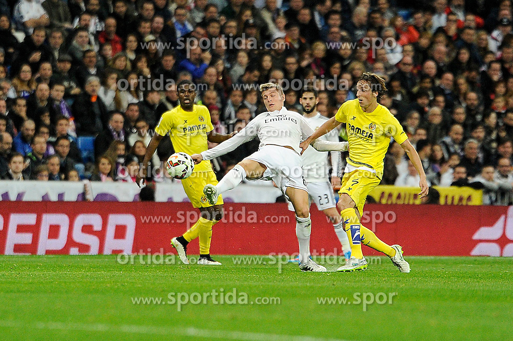 01.03.2015, Estadio Santiago Bernabeu, Madrid, ESP, Primera Division, Real Madrid vs FC Villarreal, 25. Runde, im Bild Real Madrid&acute;s Toni Kroos and Villarreal CF&acute;s Tomas Pina // during the Spanish Primera Division 25th round match between Real Madrid CF and Villarreal at the Estadio Santiago Bernabeu in Madrid, Spain on 2015/03/01. EXPA Pictures &copy; 2015, PhotoCredit: EXPA/ Alterphotos/ Luis Fernandez<br /> <br /> *****ATTENTION - OUT of ESP, SUI*****