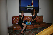 Sheryl Nields and Yonta Taiwo. 4 Inches, A  Photographic Auction in aid of the Elton John Aids Foundation hosted by Tamara Mellon and Arnaud Bamberger. Christie's. 8 King St. London. 25 May 2005. ONE TIME USE ONLY - DO NOT ARCHIVE  © Copyright Photograph by Dafydd Jones 66 Stockwell Park Rd. London SW9 0DA Tel 020 7733 0108 www.dafjones.com
