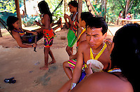 Panama, Parc national de Chagres, jeune indienne Embera // Panama, National Park of Chagres, Indian Embera