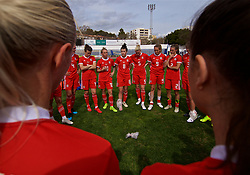 MARBELLA, SPAIN - Tuesday, March 5, 2019: Wales' Jessica Fishlock speak to the players after an international friendly match between Wales and Republic of Ireland at the Estadio Municipal de Marbella. Republic of Ireland won 1-0. (Pic by David Rawcliffe/Propaganda)