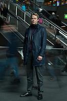 02 APR 2012, BERLIN/GERMANY:<br /> Alexander Artope, Mitgruender und Geschaeftsfuehrer Smava GmbH, im Berliner Hauptbahnhof<br /> IMAGE: 20120402-01-015<br /> KEYWORDS: Alexander Artopé