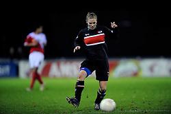 12-11-2009 VOETBAL: FC UTRECHT -AZ VROUWEN: UTRECHT<br /> Utrecht verliest met 1-0 van AZ / Claudia van de Heiligenberg<br /> ©2009-WWW.FOTOHOOGENDOORN.NL